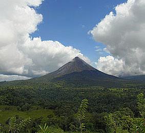 Vulkan Arenal bei La Fortuna, Costa Rica