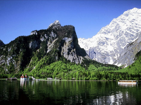 Berchtesgadener Land, Königssee - St. Bartholomä mit Watzmann Ostwand