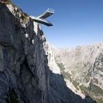 Stahlarme des AlpspiX fast 1.000 Meter über dem Nichts