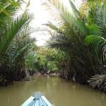 mit dem Sampan durch den Mekong Dschungel