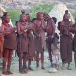 Himba beim Tanz