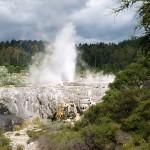 dampfender Whakarewarewa Pohutu